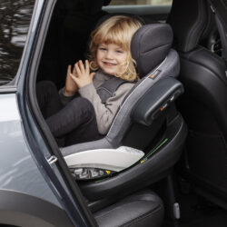 iZi Modular X1 i-Size Premium Car Interior Black(31431.06)