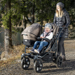 Duo combi pushchair - air chamber wheel brown  (5395.327)